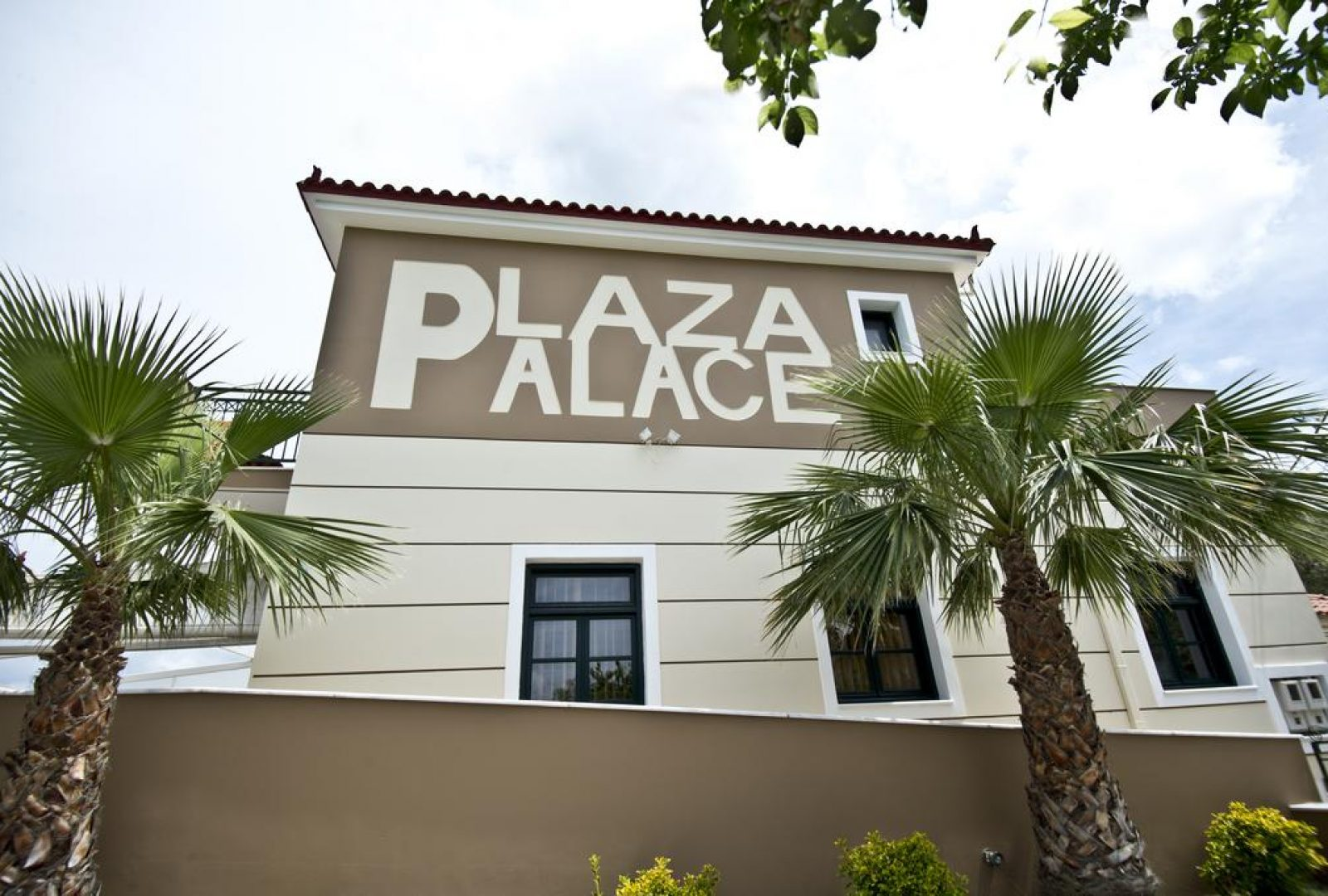 Plaza Palace Hotel